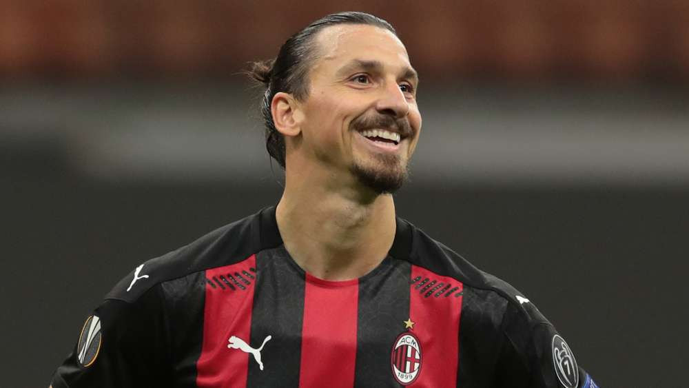Zlatan Ibrahimovic Gifts All AC Milan Squad Player New PS5 See Why